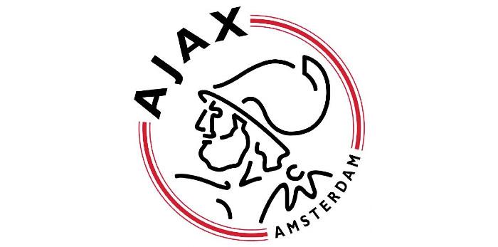 Een Ajax knuffel vind je op TopKnuffels.nl